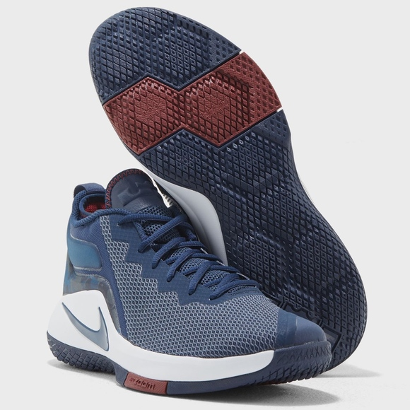 9eaa7f8c361 Nike Lebron James Witness II Mens Shoes 942518-406